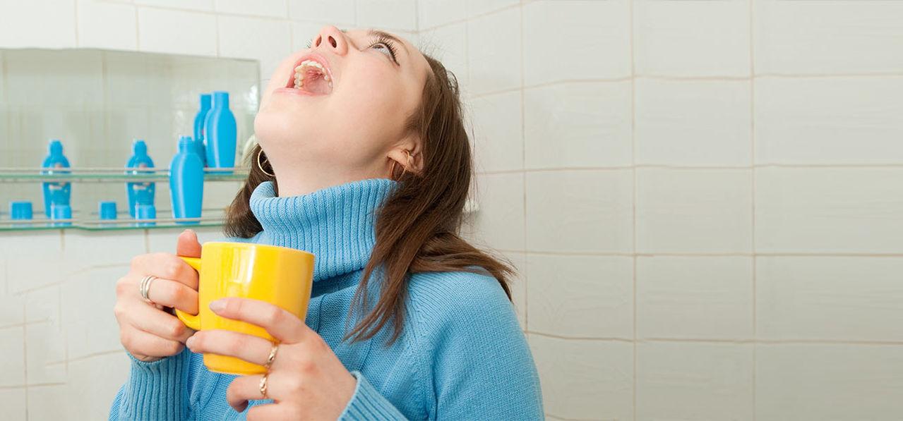 Как лечить кашель и горло во время беременности